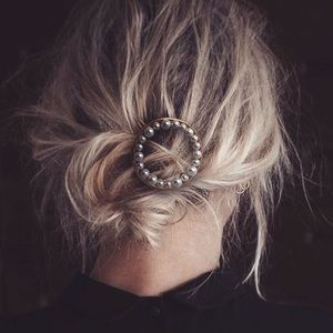 2 Pieces - Faux Pearl Embellished Circle Hair Pin